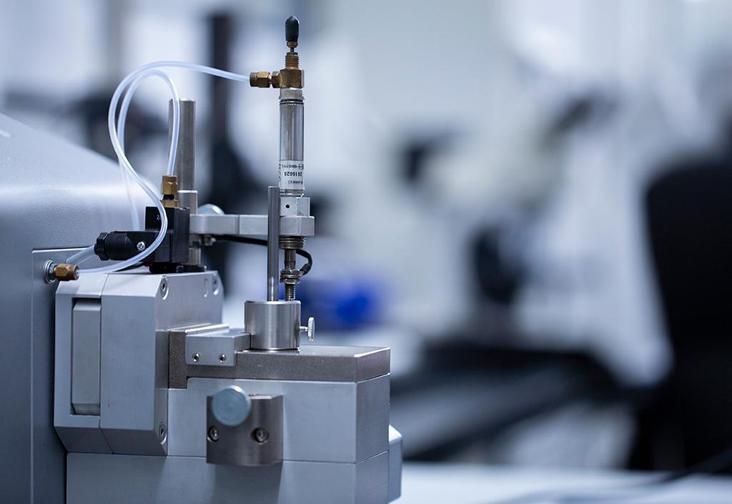 Erweiterung der Funkenspektrometrie bis 1 mm Durchmesser zur Qualitätssicherung